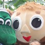 Крокодил Гена и Чебурашка на праздник