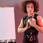 Жонглер- художник в световом шоу