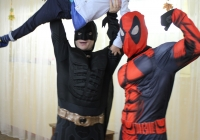 Бетмен и Дэдпул